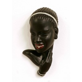 Wandmaske afrikanisches Mädchen
